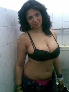 Busty Escorts in Andheri